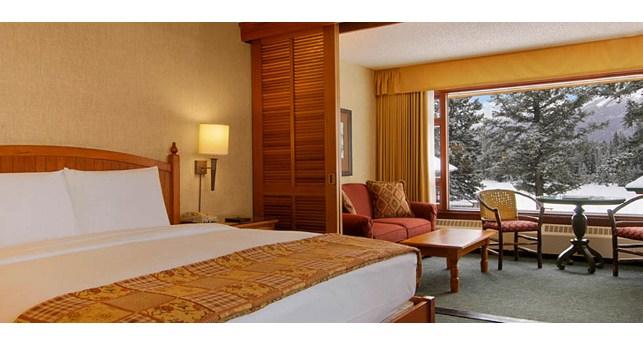 Fairmont jasper park lodge weddings packages for Jasper luxury cabins