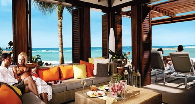 The reef atlantis weddings packages destination weddings for Terrace view room atlantis