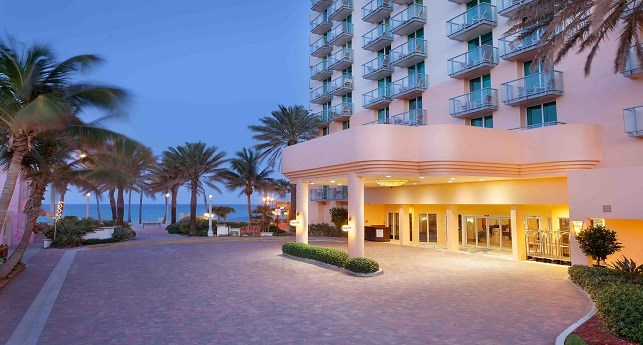 Kid Hotels In Hollywood Beach Florida On Boardwalk