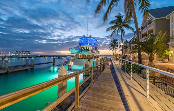 Us destination weddings destination weddings in the united states no matter your taste destination weddings in the us bring luxurious to a whole new level junglespirit Image collections