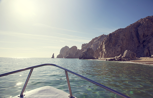 a cabo wedding vacation is not complete without a trip to al arco a stunning natural rock formation that juts into the harbor just offshore